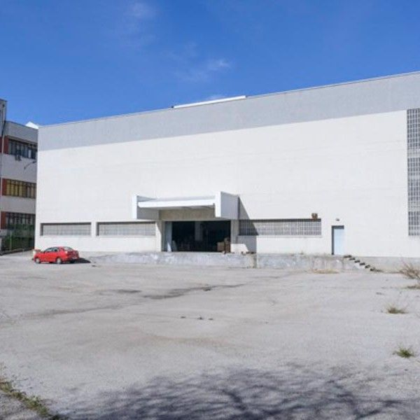 Industrial Building 0015
